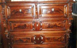 Мебель из ценных пород древесины всегда в топе